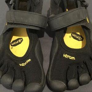Vibram Five 5 Fingers Running / Training Shoes